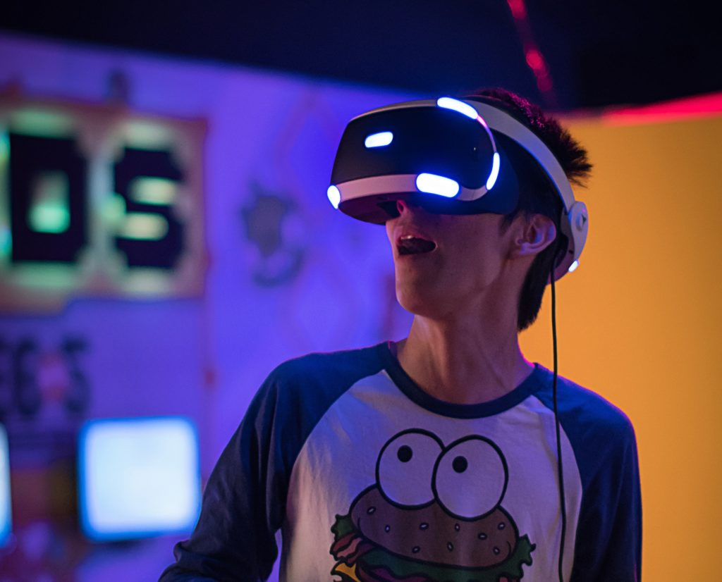 Creating A Virtual Reality Room Everything You Need To Know Entertainment Den